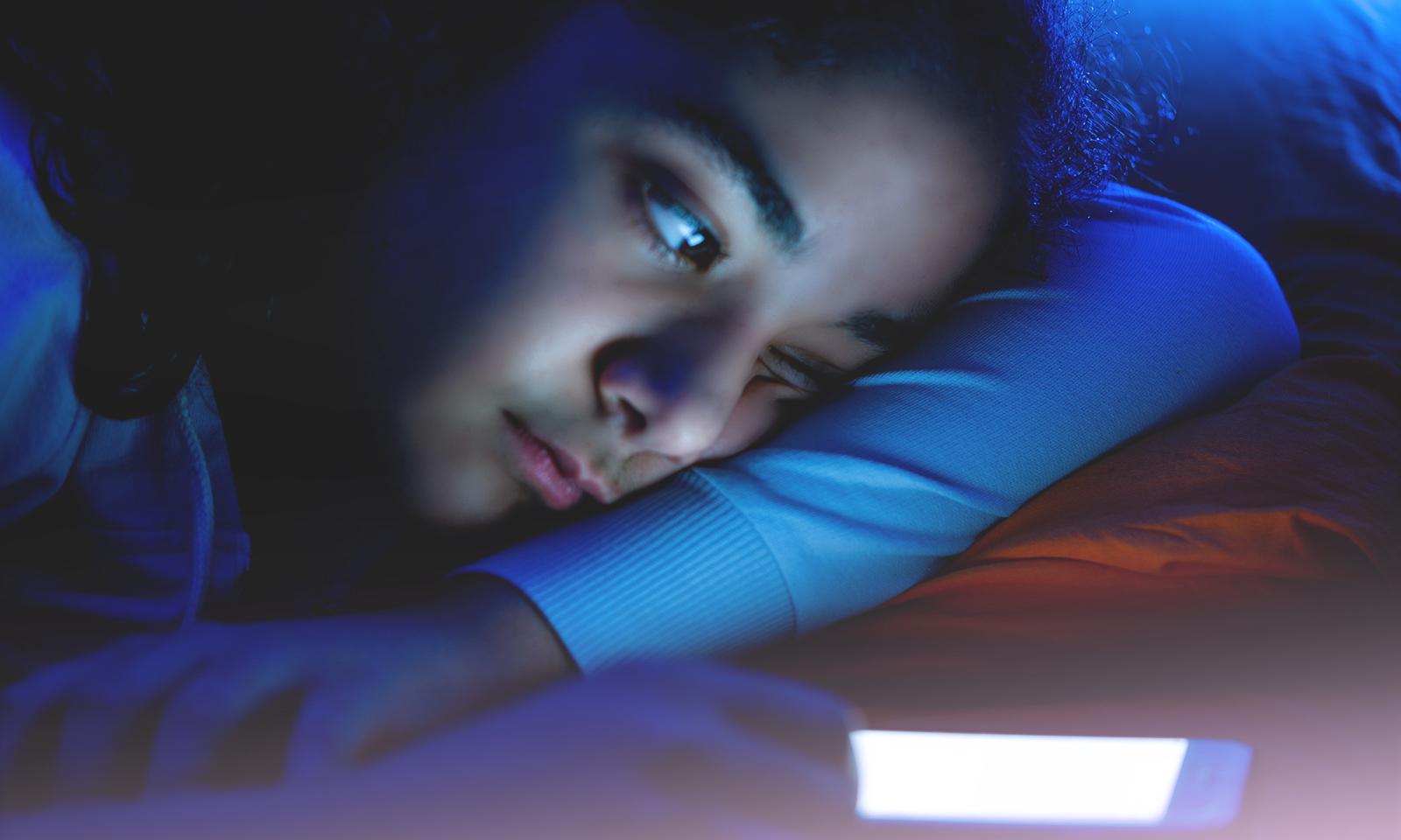Les écrans, pas trop bon pour le sommeil