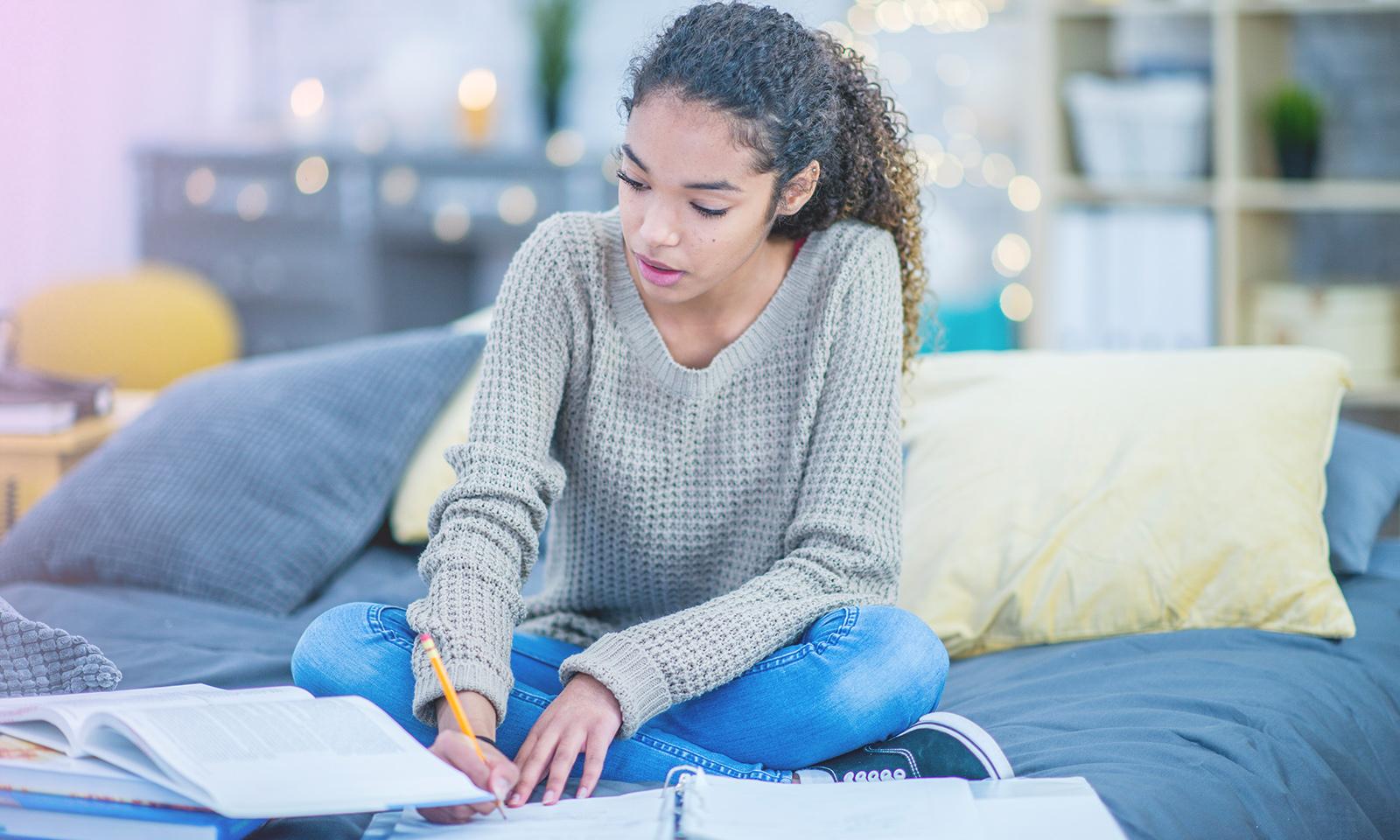 Les écrans pendant les études: attention au multitâche!
