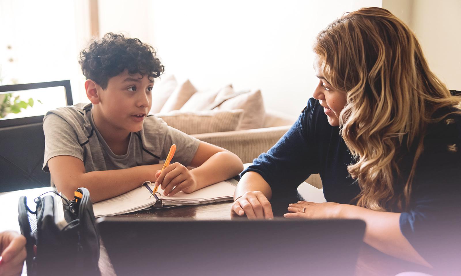 École en ligne: comment aider vos enfants?