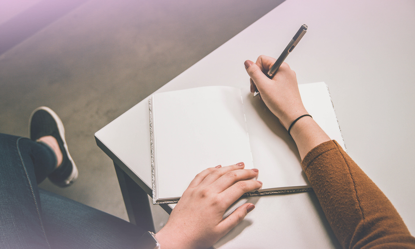 Moins de temps d'écran = plus de temps pour… l'écriture!